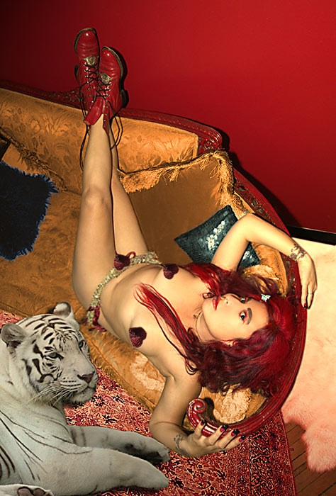 Diana-tiger-hearts